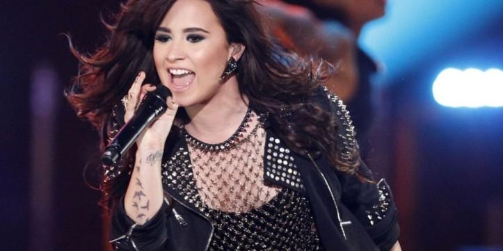 Demi-Lovato-2013-Singer-HD-Wallpaper-1280x720